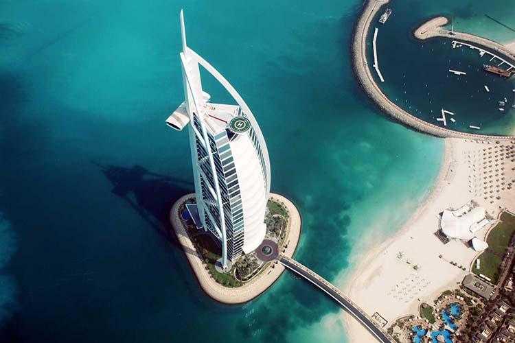 Burj Al Arab โรงแรมระดับโลกที่คุณจะต้องตกตะลึง